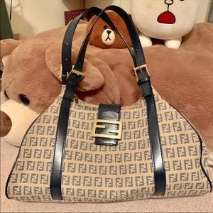 Like new fendi vintage chic bag